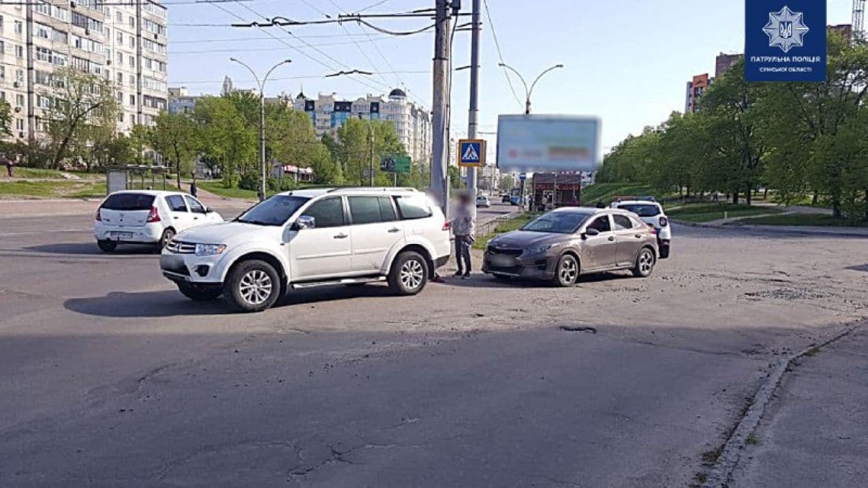 У Сумах на проспекті Михайла Лушпи сталася автопригода