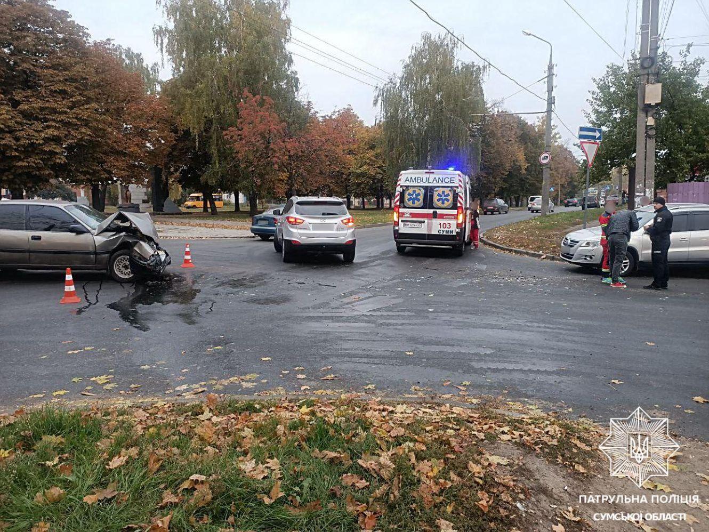 У Сумах на перехресті вулиць Степана Бандери та Засумської сталася автопригода