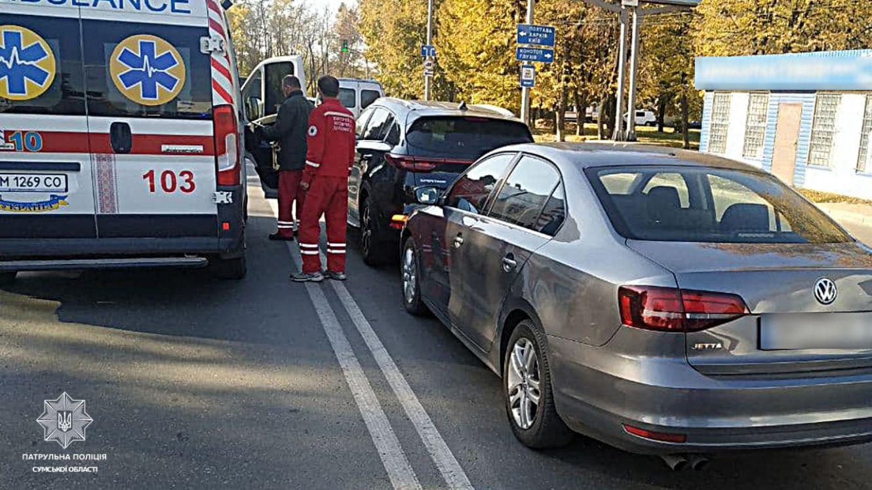 Три автомобілі потрапили в автопригоду у Сумах